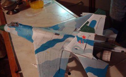 Su-27 Flanker B (Mm 4/5/6-2003)