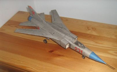 Naddźwiękowy Samolot Myśliwski MIG    MM 4/1978