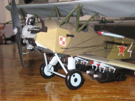 Polikarpow PO-2 LNB - Kartonowa Kolekcja