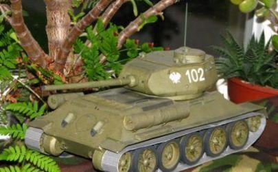 T-34/85 Rudy 102