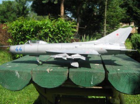 SU -9 FISHPOT HOBBY model