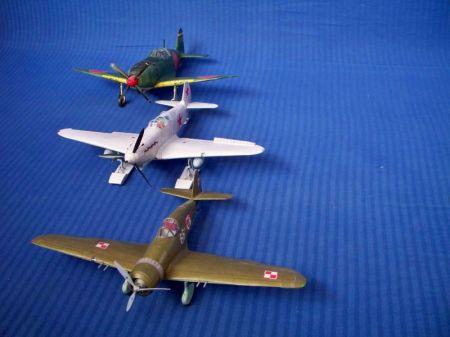 Radziecki myśliwiec JAK 1    WAK 7-2005