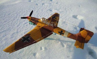 Bombowiec nurkujący Ju 87B Stuka - MM 1/1991