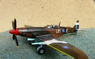 Spitfire Mk VIII  /MM/