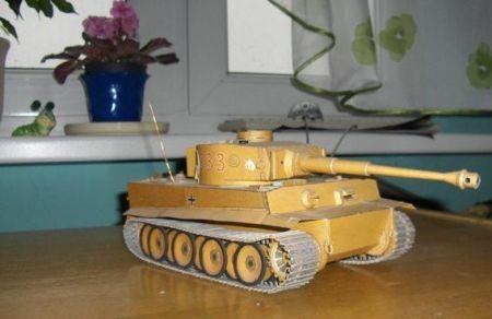 Niemiecki czołg PzKpfw VI Tiger
