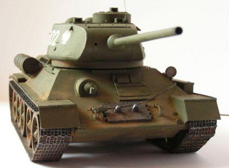 T 34/85 MM 1:25