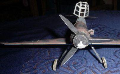 MM 3/2007 Niemiecki samolot myśliwski Messerschmitt Me 109G-2/trop