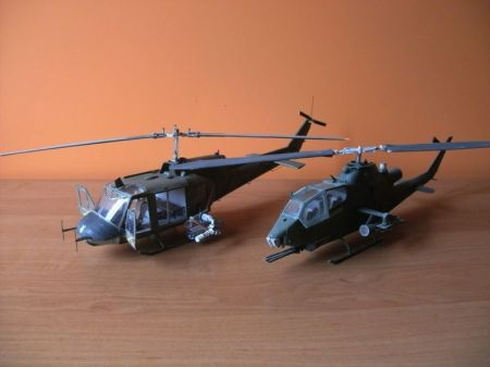 Bell UH-1b IROQUOIS ( huey)