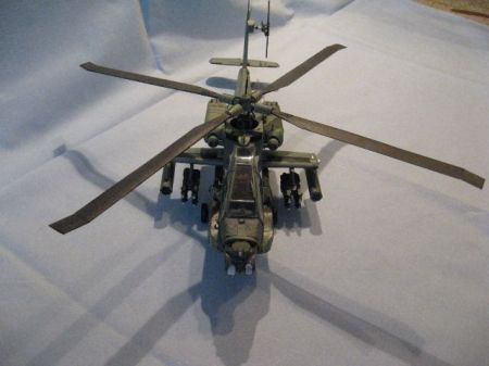 AH-64A Apache z MM 7-8/2003