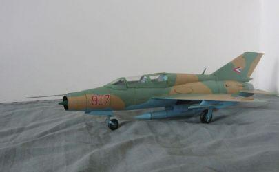 MiG 21UM