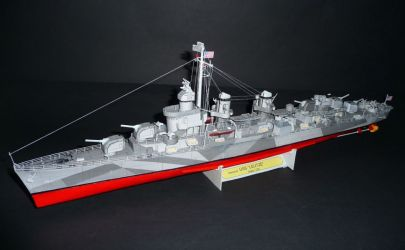 Niszczyciel USS Leutze
