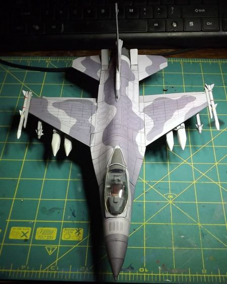 F-16C Block 52+ skala 1:50