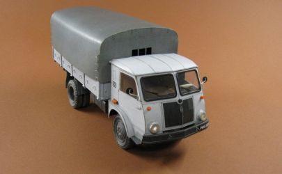 Polski samochód ciężarowy STAR 25 . ANSWER