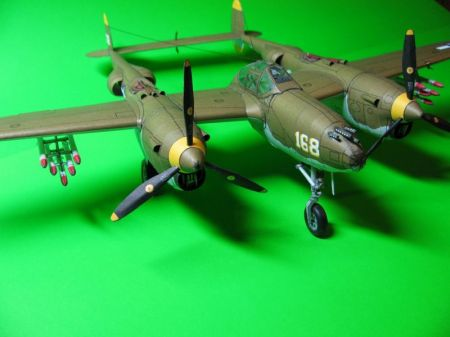 P - 38 LIGHTNING [Fly Model]