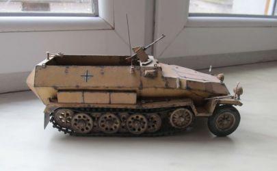 niemiecki transporter Sd.Kfz 251/1