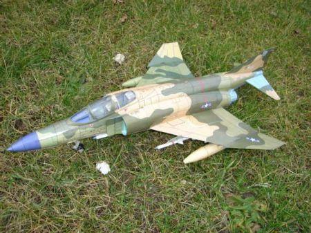 Samolot McDonnell Douglas F-4 E Phantom II