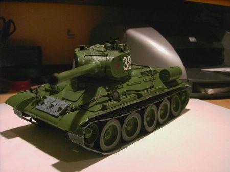 T-34/85  - waloryzowany