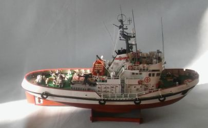 Statek ratowniczy R27 CYKLON
