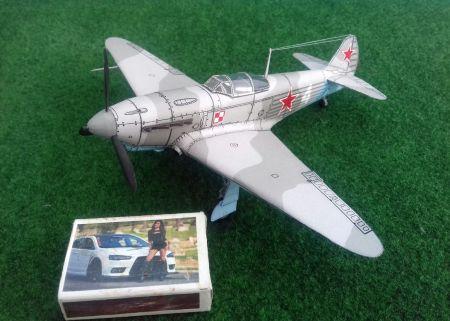 Jakowlew Jak-1b.  (1 Pułk Lotnictwa Myśliwskiego ,,Warszawa'' - 1944)
