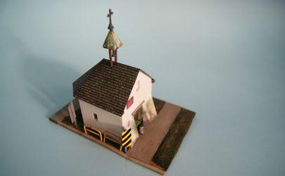 RAVEN6 sakralnie czyli Model Kapliczki z XVIII w Bobrowniki Śląskie/Tarnowskie Góry skala1:50 (Świat z Kartonu).