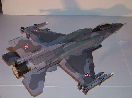 F-16C Block 52+ [Mały Modelarz 1-2/2007]