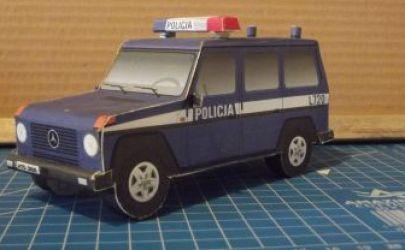 terenowy radiowóz policyjny
