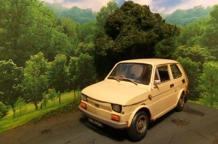 Fiat 126p Answer 1:25
