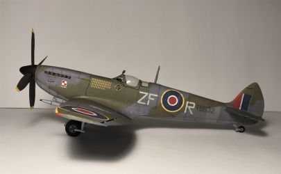 Spitfire XVIe