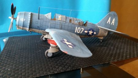 Curtiss SB2C-4Helldiver