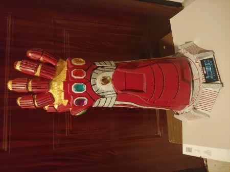 Rekawica Nieskonczonosci Iron man