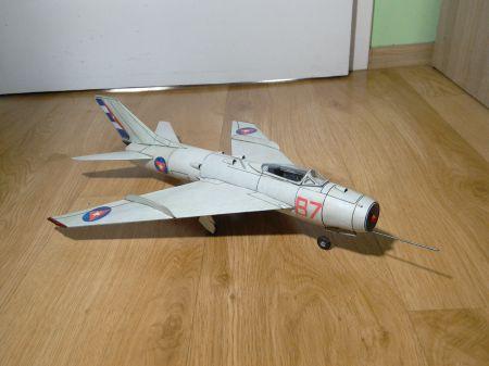 Kubański MiG-19