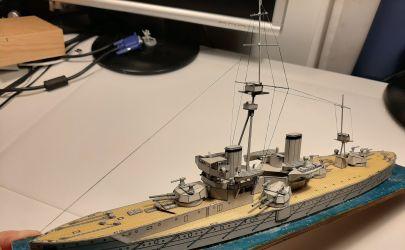 HMS Dreadnought 1:400