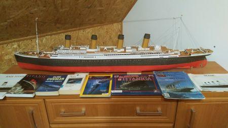 RMS Titanic mały modelarz