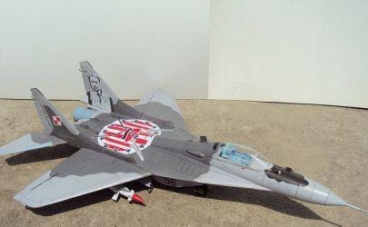MiG-29 - Mały modelarz 7-8-9/2013