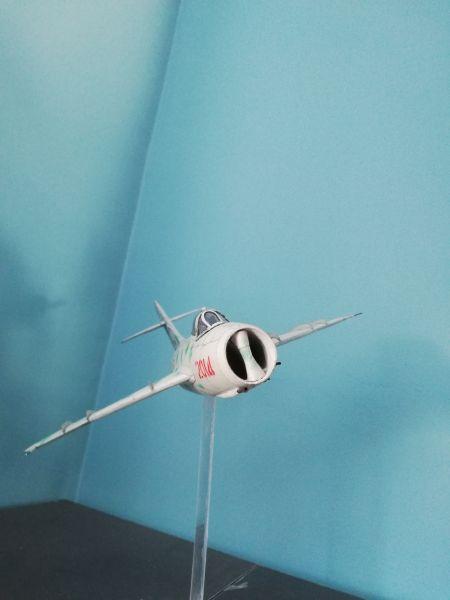 MiG-17/ Hobby Model