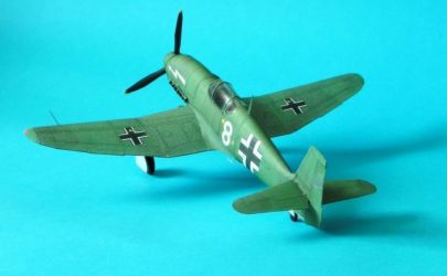 Heinkel He-100