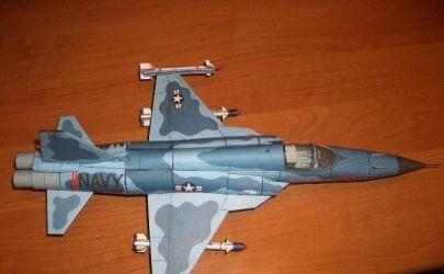 F-5 E