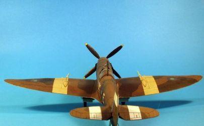 12/1994 Samolot myśliwski Supermarine Spitfire Mk. VIII