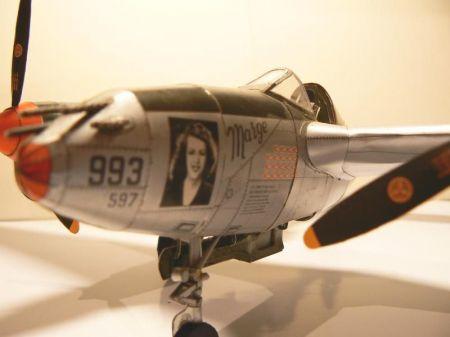 Amerykański Myśliwiec P-38J Lightning