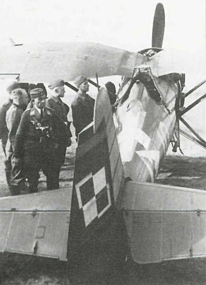 Zdjęcie oryginału, widok na  -uskok za kabiną pilota-
