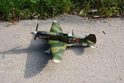 Ten sam samolot, ale z innej strony (parafrazując cytat z