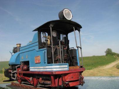 lokomotywa wąskotorowa