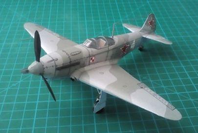 Jakowlew Jak-1b - 1 Pułk Lotnictwa Myśliwskiego ,,Warszawa'' - Zadybie Stare, Polska - wrzesień 1944 r.