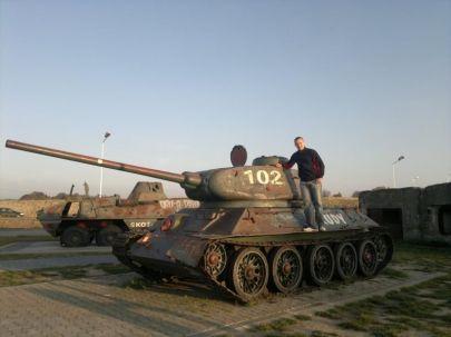 T34-85 i Ja