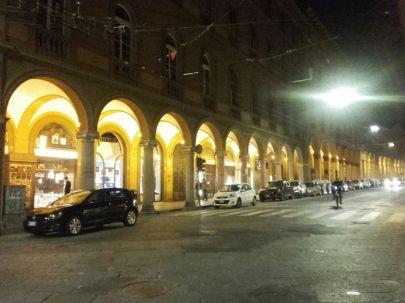 Bolonia nocą